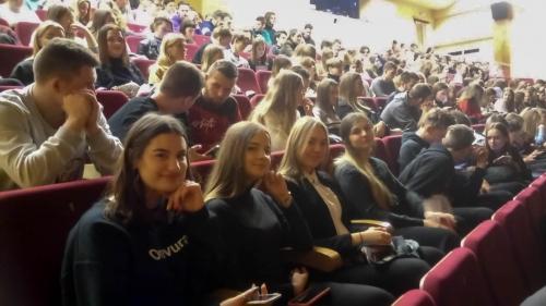 Netradicine lietuviu kalbos pamoka (1)